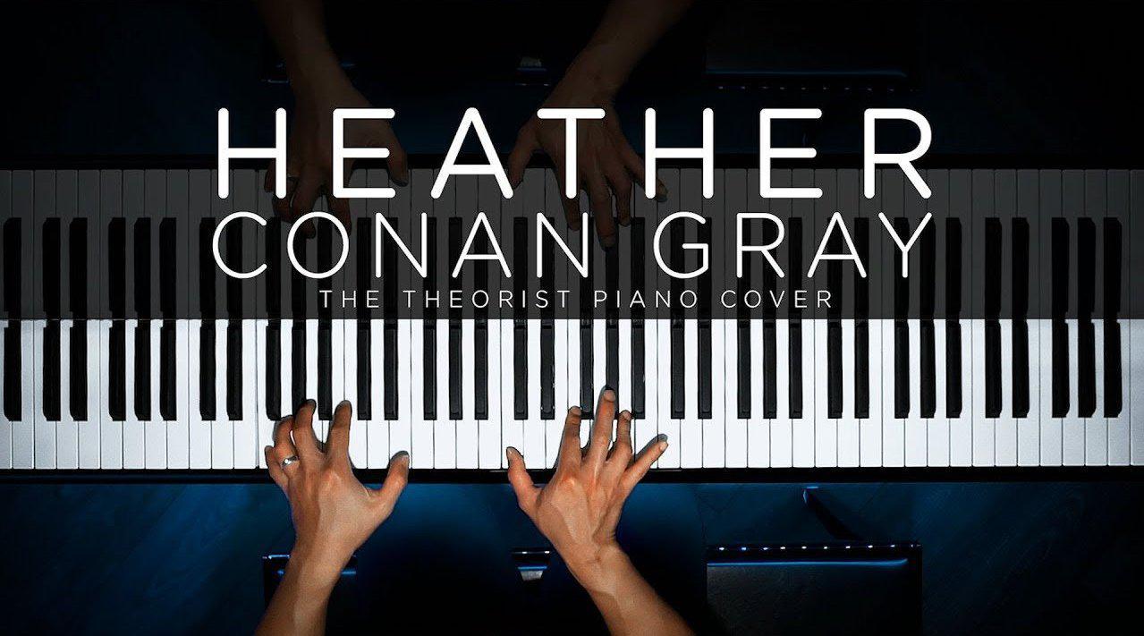 """欣赏钢琴达人弹奏柯柯Conan Gray热门单曲""""Heather""""……"""
