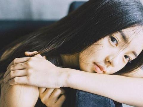 一个不被爱女孩的十年:叛逆、辍学、早恋、不幸