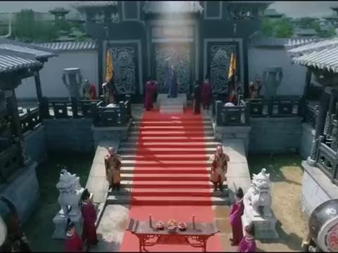 历夏成关键人物,皇帝开天启,天书上的字让杨墨大吃一惊