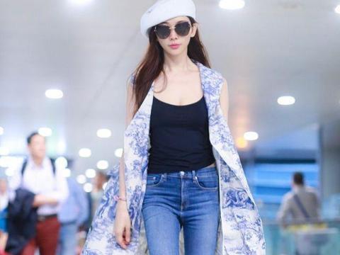 林志玲逐渐日系化,穿黑色网纱裙娇俏如少女,生图状态哪像45岁