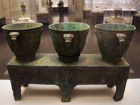 价值连城的国宝,完好无损的出现在妇好墓中