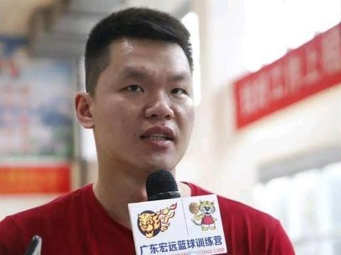 邀请广东男篮出席企业篮球赛,赞助商茅台一共花了多少钱?