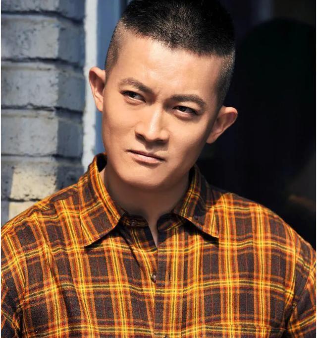 杨志刚透露自己:确实有裙带关系 而且只有他自己