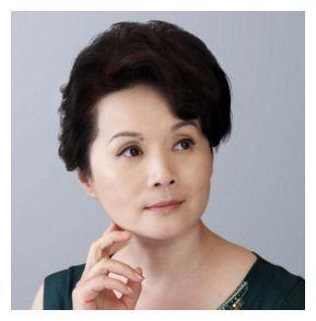国家一级演员的她,出道8年拿下视后,却嫁给穷小子两人恩爱至今