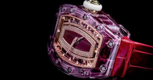 用精湛工艺开启的RM 07-02蓝宝石镶钻女士腕表