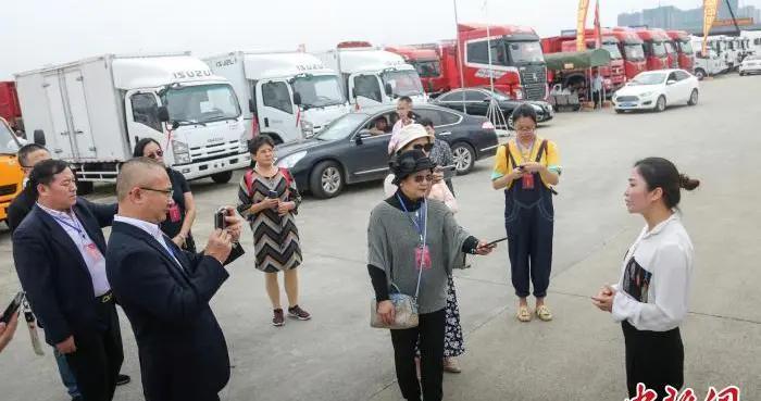 16家海外华文媒体聚焦四川南充 零距离感受发展活力