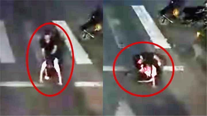 广东一女学生当街遭抢劫袭胸 监控拍下作案男子无法无天全过程!