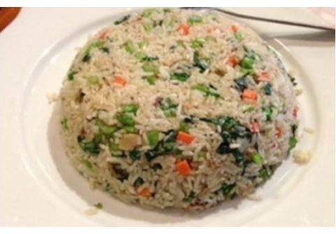 菠菜拌豆皮,青菜炒饭,金针菇粉丝蒸虾这几道家常菜的做法