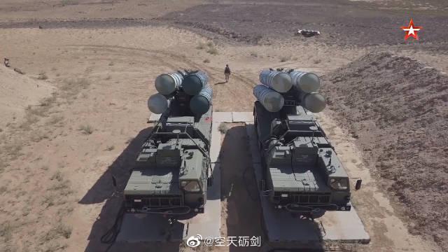 """俄军在""""高加索—2020""""战略演习中试射多型防空导弹"""