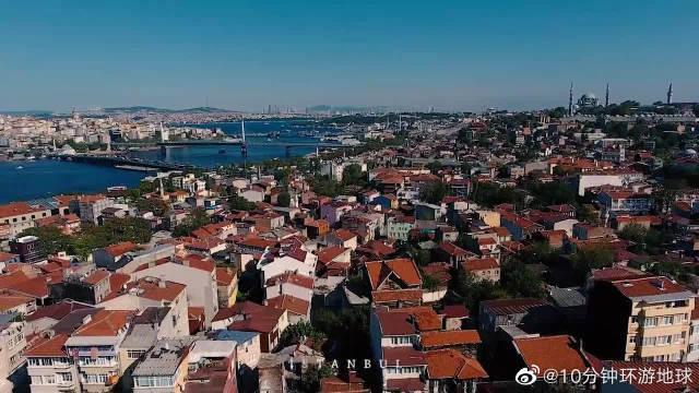 航拍伊斯坦布尔,横跨欧亚大陆,经常被误以为是首都