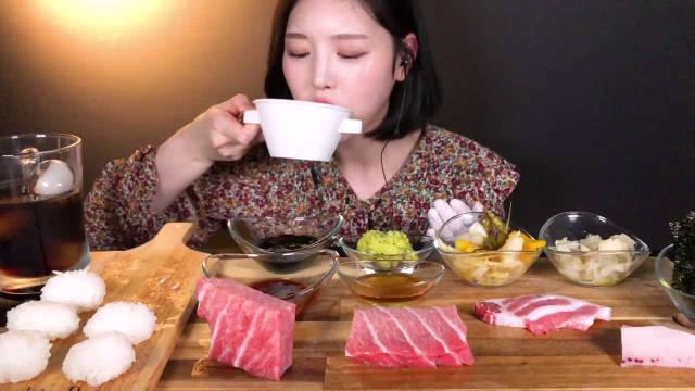 金枪鱼生鱼片,金枪鱼寿司,Boki今天摆了一桌金枪鱼盛宴
