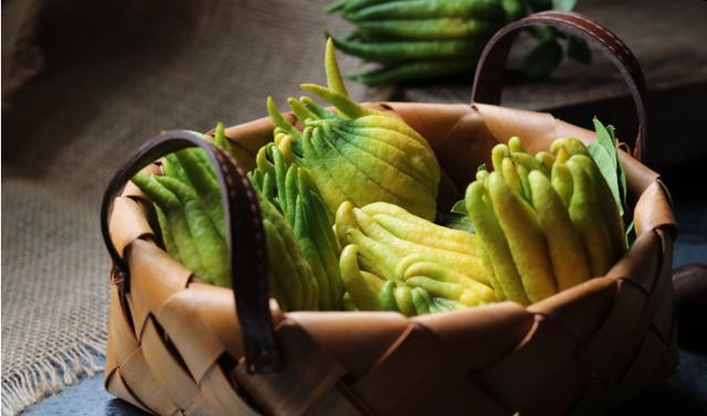 此食材秋天才有,是瓜也是药,润肺养颜,多做给家人吃,别舍不得