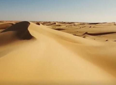 如果沙漠连续一个月暴雨, 沙漠会有什么变化?看完涨知识了
