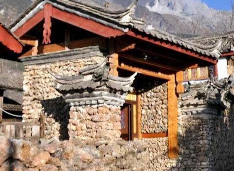 """丽江被忽略的村落,藏在玉龙雪山脚下,被誉为""""玉龙山下第一村"""""""