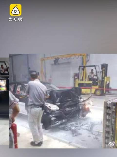 视频:安全出行 天籁碰撞测试现场疑似自燃?东风日产:正调查原