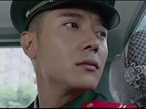 林毅回到特勤中队,战友们列队欢迎,还给他做宫保鸡丁