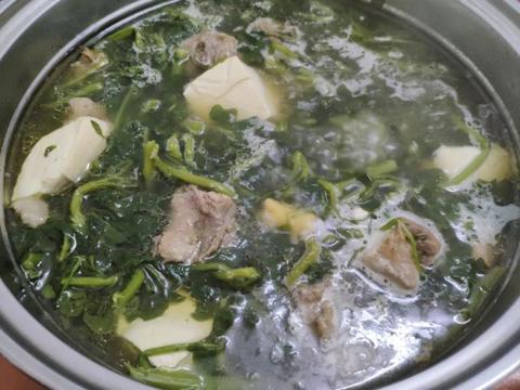 天气转凉,多煲这种汤给孩子喝,止咳化痰提升免疫力,最适合秋天
