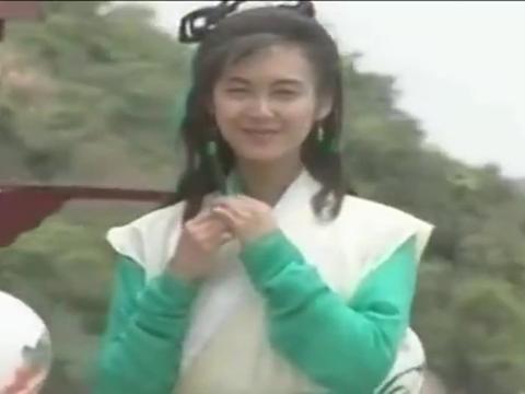 同是演黄蓉,朱茵李一桐令人难忘,唯独她却平淡无奇!