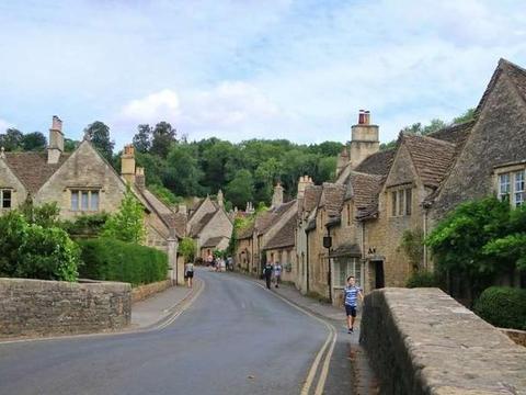 浓郁而寂静的英国农村,曾是哈利波特的拍摄地!等我有钱再去吧