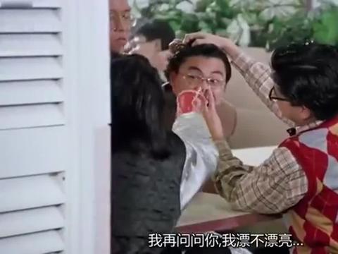 周星驰同时爱上张敏和朱茵两个人,达叔的出现让他穿帮