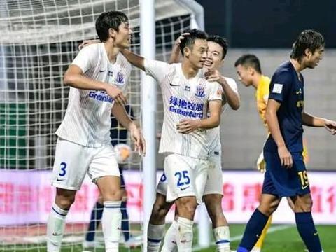 变阵收到效果,上海申花击败广州富力,保住争冠区资格