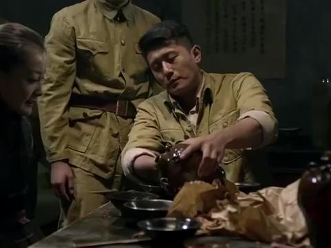 抗日神剧!壮丁也是兵第18集:飞燕受伤心已死,干净利落斩情丝