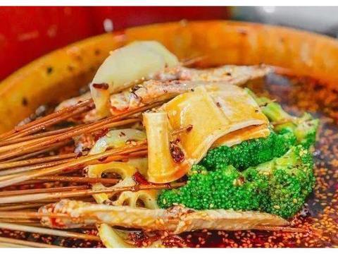 钵钵鸡的汤料配方比例及做法是怎样的呢,大厨来教你制作