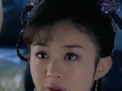 新还珠格格:紫薇尔康等人都要回京去,唯独小燕子一个人闷闷不乐