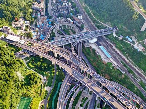 贵阳最复杂的立交桥,最大落差55米,导航都迷路的地方