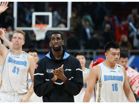 CBA最新5消息:北京男篮签外援 广东男篮豪取2连胜