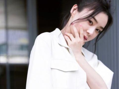 """总说袁姗姗不适合淡妆,这次""""实力打脸"""",效果太赞了"""