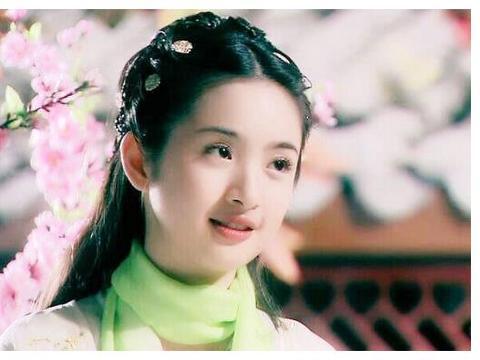 """演过""""黄蓉""""的美女,李一桐娇俏,朱茵最美,她才是黄蓉本人!"""