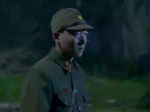 男子化身鬼子女军官,在鬼子军营狂扇军官耳刮子,简直太过瘾了!