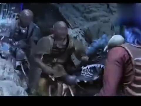 睚眦为了尽快的把龙王的行宫建好,又要去海上抓渔民当劳工
