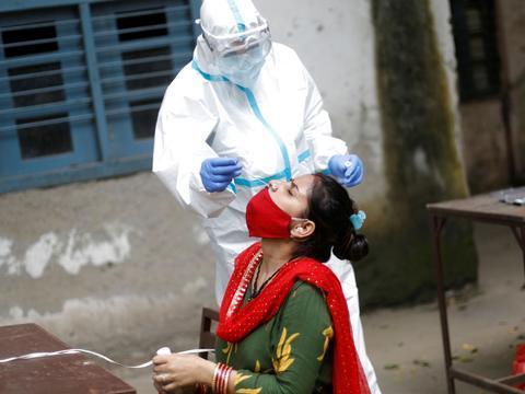 印度病毒凶猛:国会匆忙休会,议员纷纷逃离!网民嘲笑:跑得真快