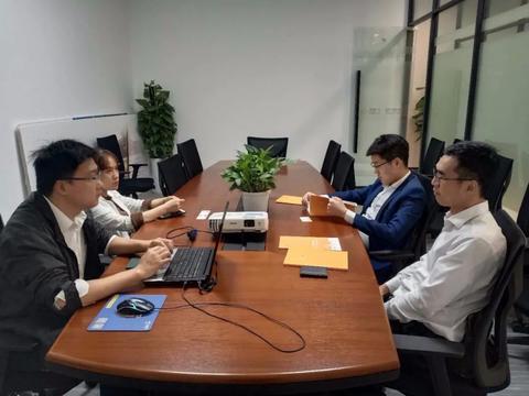 高力国际考察团赴鸿坤产业动力时代园区考察