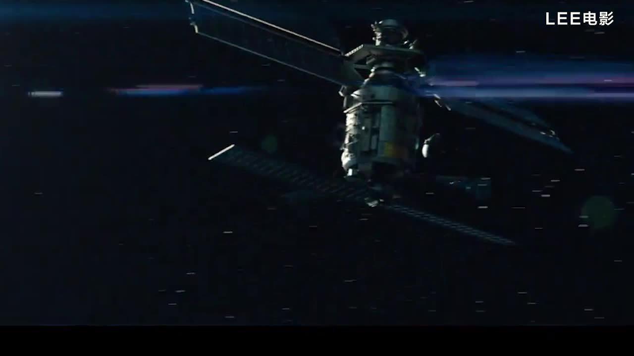 影视混剪:巡洋舰在外星的超级战舰面前仿佛以卵击石!
