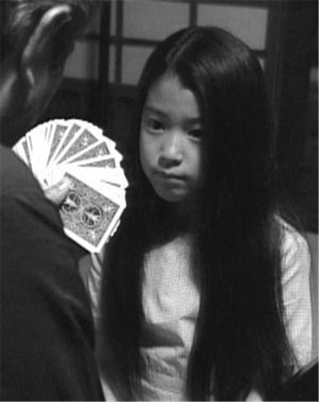 日本女演员成海璃子宣布结婚,对方为一般男性,曾因吸烟引发争议