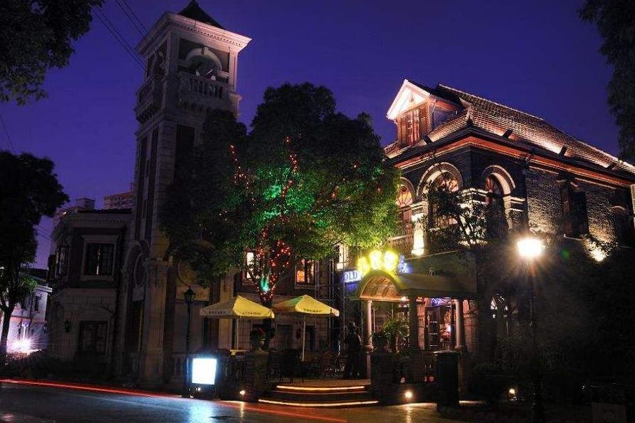 """上海""""豪横""""的小街,可媲美天津古文化街,玩一天仅需10元"""