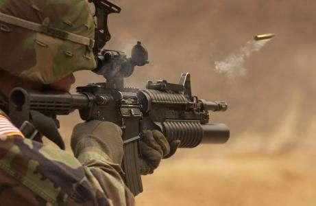 百余年难题终于解决,智能套筒的出现,让士兵知晓自己的弹药余量