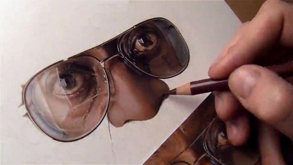 感受一下彩铅的超写实绘画,简直是人形打印机啊!Neeyellow