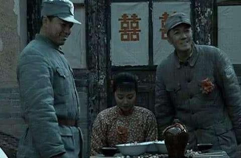 """在电视剧""""亮剑""""中,秀琴和田雨哪个更适合李云龙"""