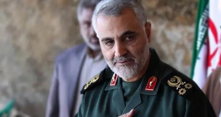 向霸权主义说不!伊朗潜射导弹精准命中海上目标,美军将难以承受