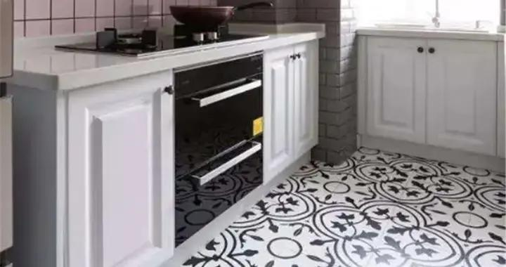 屋内还铺白瓷砖?早过时了,现在流行的小花砖才美观又时髦