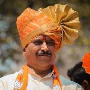 印度因新冠死亡第一名部长!