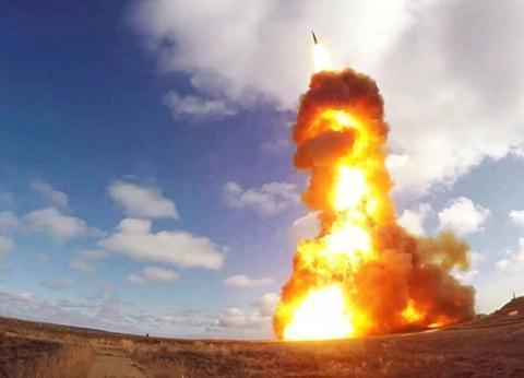 俄高超音速武器多强?普京称导弹飞行时像冰棍,意义堪比苏联核弹
