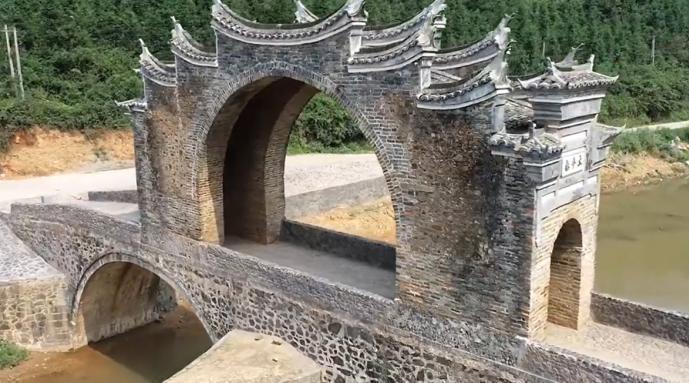 江西赣州500岁古桥修复完工:曾遭暴雨洪水重创
