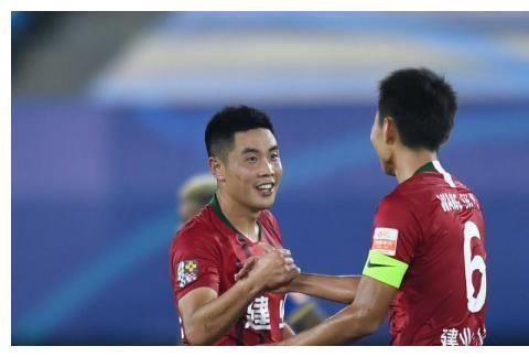 中超的美丽足球,常年保级的河南建业、才是中国足球发展正确方向