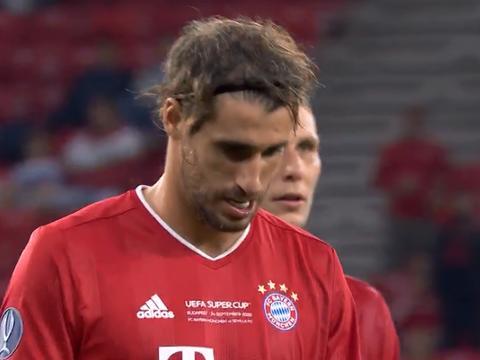 2-1!拜仁加时破门成功夺冠,隔空打脸巴萨,他们仅剩一个对手?
