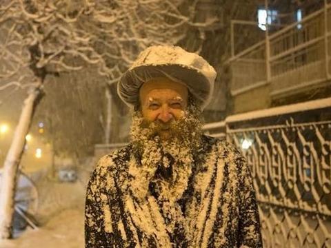 是的,中东竟然也会下雪